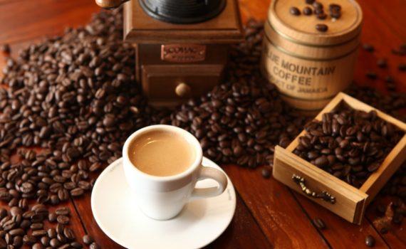16 accessoires à café pour découvrir de nouvelles saveurs