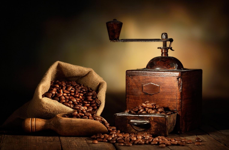 Les 10 meilleurs moulins à café (électriques + manuels)