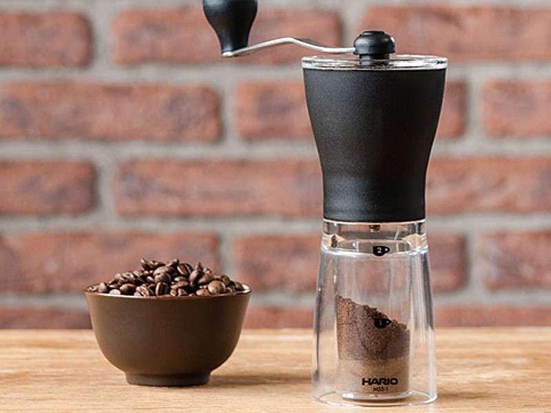 Moulins à café en céramique et en acier inoxydable quelle est la différence