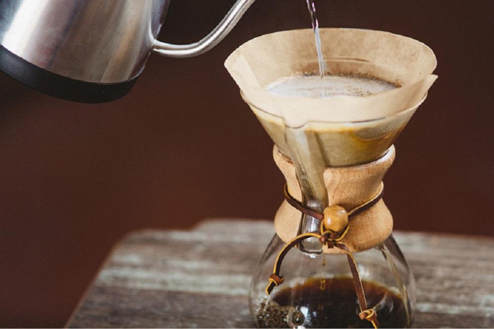 Que peut-on utiliser à la place des filtres à café ?